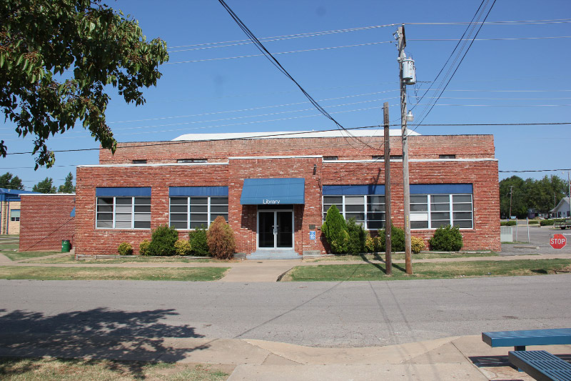 Checotah-High-School-Library
